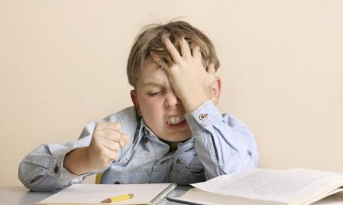 Как понять, что у ребенка болит голова?