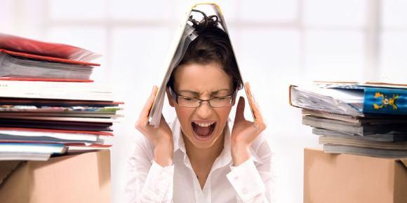 Стресс на работе - фактор риска возникновения головных болей нарпяжения