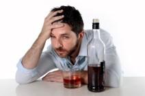 Головная боль при алкогольной интоксикации: причины возникновения и лечение