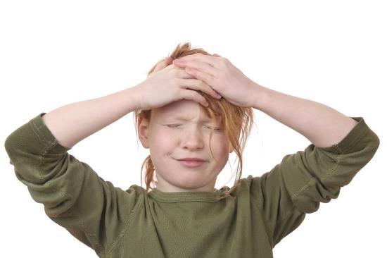 У семилетнего ребенка болит голова