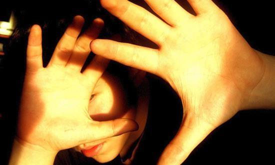 Для мигрени характерна фотофобия