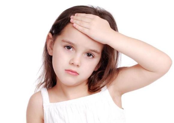 Головные боли у ребенка могут быть вызваны разнообразными причинами