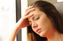 Боль в лобной части головы – как выявить серьезные заболевания?