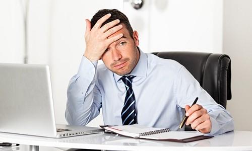 Стресс вызывает головную боль