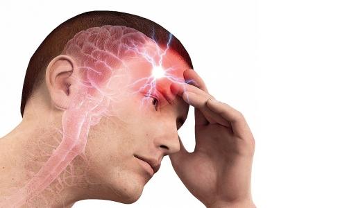 Из-за чего появляется боль в висках?