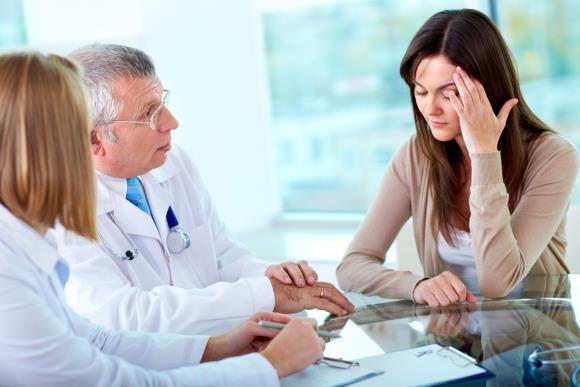 Врачи выявили целый ряд факторов, которые могут провоцировать приступы мигрени