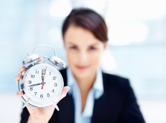 Во время рабочего дня необходимо периодически устраивать пятиминутки на отдых