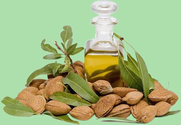 Растительное масло, получаемое из семян сладкого миндаля