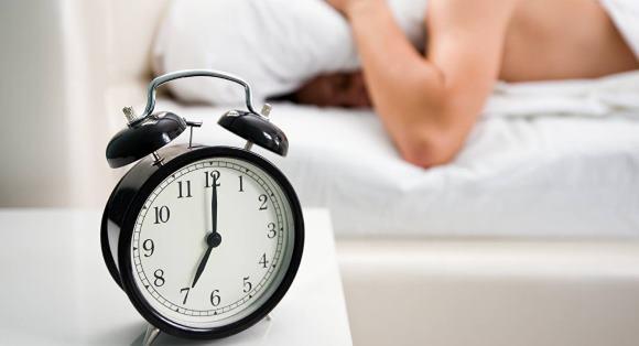 Цефалгия при опухолях мозга часто начинается во время пробуждения
