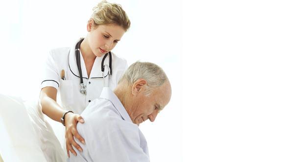 Из-за нарушения мозгового кровообращения пациент с повышенным АД испытывает головокружение