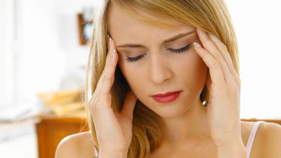 Выделяют целый ряд причин, вызывающих боли в висках