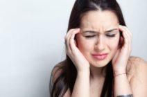 Болит голова в висках: что делать?