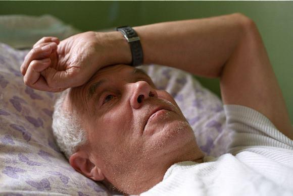К числу факторов, отрицательно влияющих на реабилитацию больных с инсультом, относится депрессия