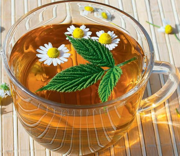 Ромашковый чай с мятой