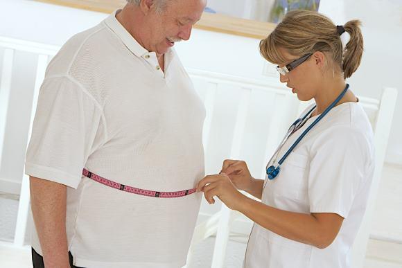 Люди с избыточным весом подвергаются повышенному риску возникновения инсультов