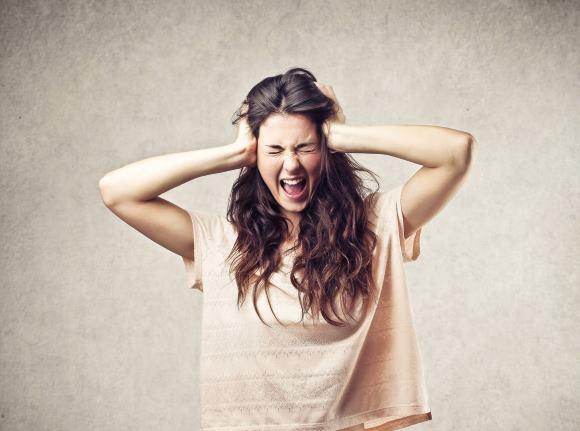 К возникновению острой головной боли не стоит относиться легкомысленно