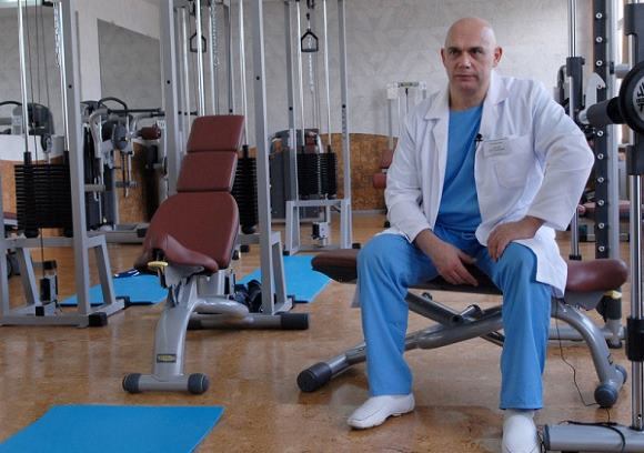 Для реабилитации больных после инсульта широко используется кинезитерапия по Бубновскому