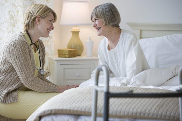 Восстановление постинсультного больного продолжается в домашних условиях