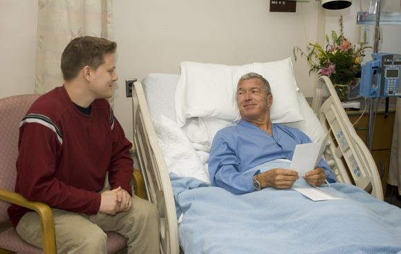 В реабилитации больных пробывших длительное время в коматозном состоянии участвует целая команда специалистов