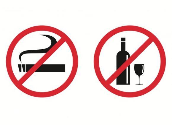 Постинсультный больной должен полностью исключить алкоголь и курение