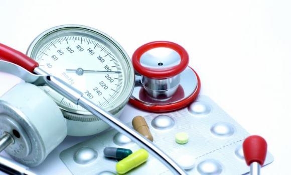 Вопрос о том, следует ли снижать повышенное АД в острой фазе ишемического инсульта, остается до сих пор дискуссионным