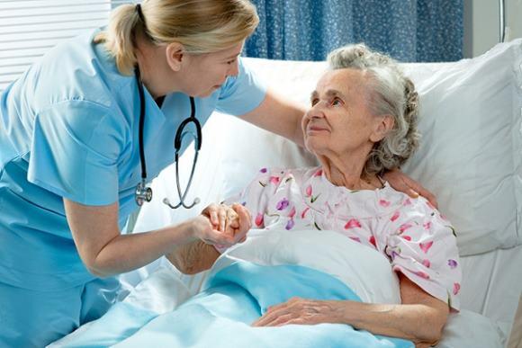 В старческом возрасте терапия ОНМК требует особых подходов