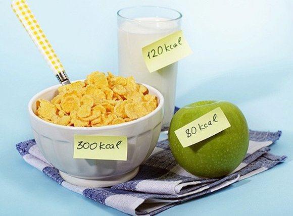 Немного снизить калорийность можно за счет жиров и углеводов