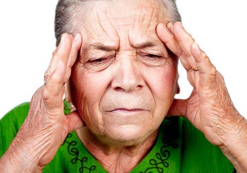 Головная боль является одним из признаков инсульта