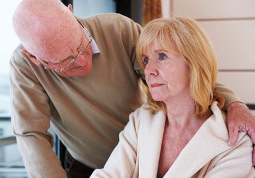 Признаки инсульта у женщин - расстройство мышления и памяти
