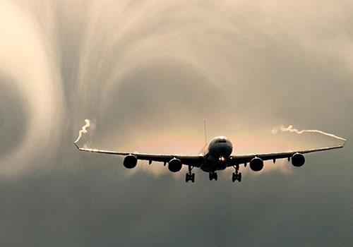 Чем опасна турбулентность в самолете после сотрясения?
