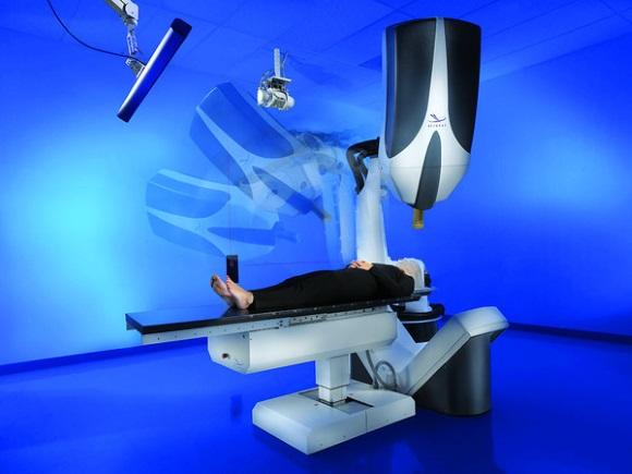 Кибер-нож - это альтернатива хирургической операции