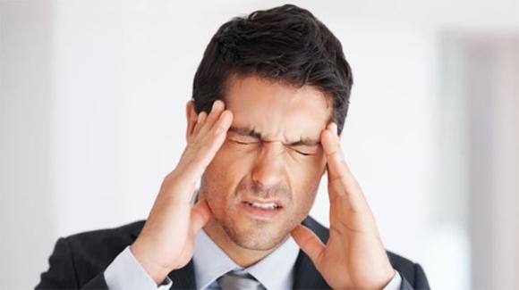 Одним из признаков менингиомы является головная боль
