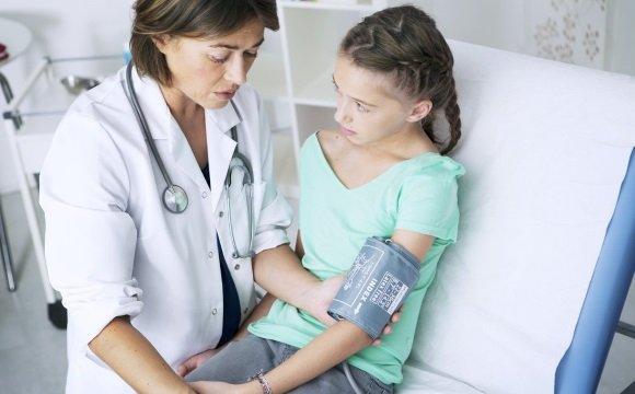 Измерение артериального давления ребенку