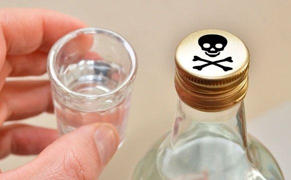 Отравление алкоголем может запустить патологический процесс в нейронах головного мозга