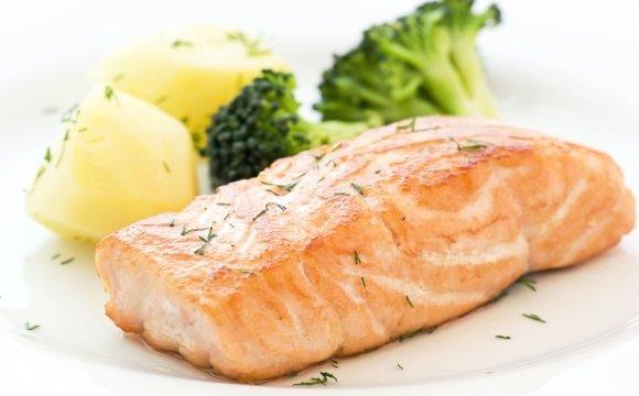 На ужин рекомендуется нежирная рыба