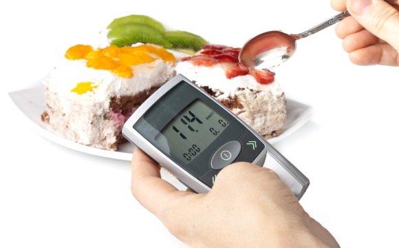 Cлабость может быть вызвана повышенным уровнем сахара в крови