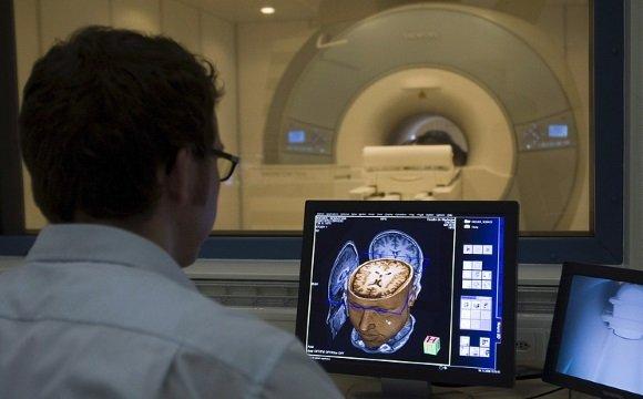 Проведение магнитно-резонансной томографии головного мозга