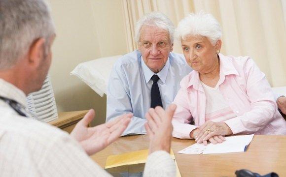 Опрос пациентки при подозрении на болезнь Альцгеймера