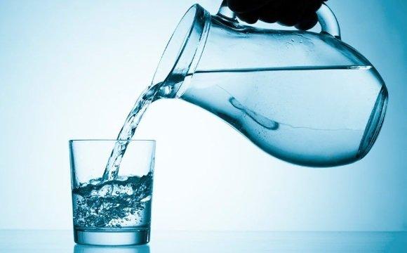 После сдачи крови необходимо соблюдать питьевой режим
