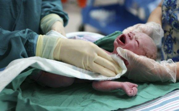 ЭЭ обычно диагностируют детям в первые месяцы жизни