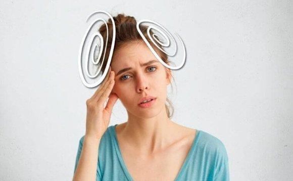 У женщины головокружение