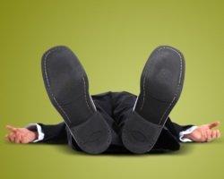 Обморок − понятие, причины развития и необходимая терапия