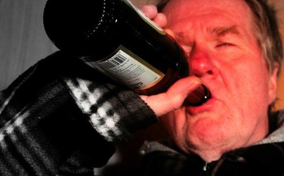 Больной алкоголизмом