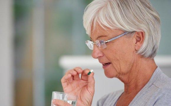 Лекарства принимаются по назначению врача